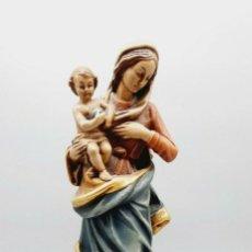 Arte: PRECIOSA Y ANTIGUA TA.LLA DE MADERA VIRGEN MARIA CON NIÑO JESÚS ALT.32 X11,5CM. Lote 295645893