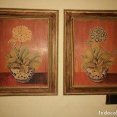 Arte: CUADRO DE FLORES ENMARCADO Y GRABADO SOBRE TABLA PAREJA DE CUADROS. MARCOS TRATAMIENTO DE ENVEJECIDO. Lote 171800477