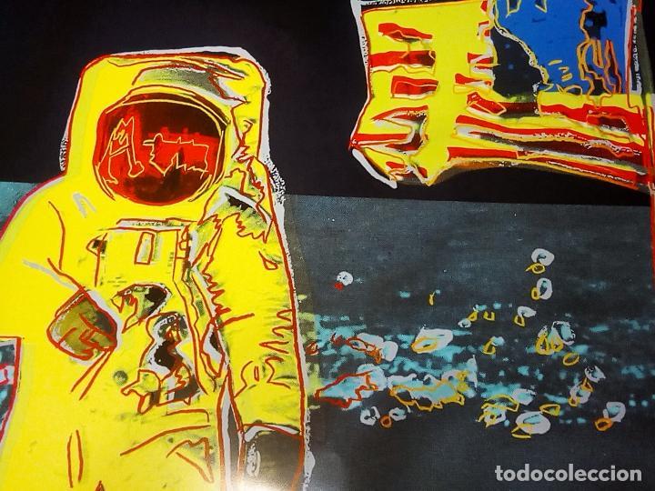 Arte: Cartel Andy Warhol -Moonwalk Amarillo - Impresión Buzz Aldrin Nuevo Arte Pop Luna Apolo 11 Tamaño 96 - Foto 2 - 194745461