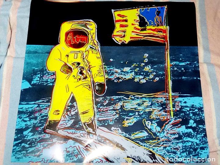 Arte: Cartel Andy Warhol -Moonwalk Amarillo - Impresión Buzz Aldrin Nuevo Arte Pop Luna Apolo 11 Tamaño 96 - Foto 4 - 194745461
