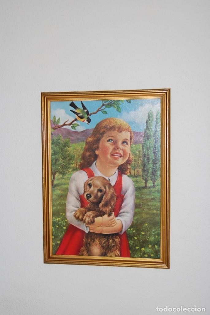 Arte: INCREÍBLE LITOGRAFÍA SOBRE TABLEX - NIÑA CON PERRO Y PÁJARO PASEANDO POR EL CAMPO - AÑOS 50 - Foto 3 - 272582178