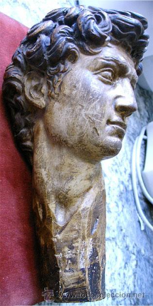 Arte: Antiguo busto de joven, en pasta de yeso y policromado. Medida 21x 10 x 11,5 cm. S.XVIII - Foto 7 - 27432622