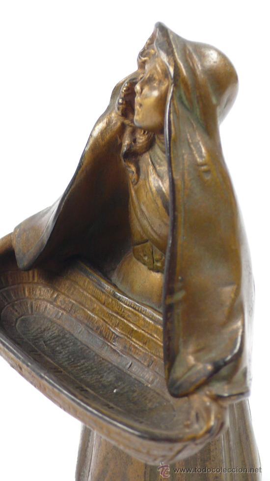 Arte: FIGURA FEMENINA DE CALAMINA, firmada: maxim , finales s.XIX. 16,5 cm altura. - Foto 2 - 24758376