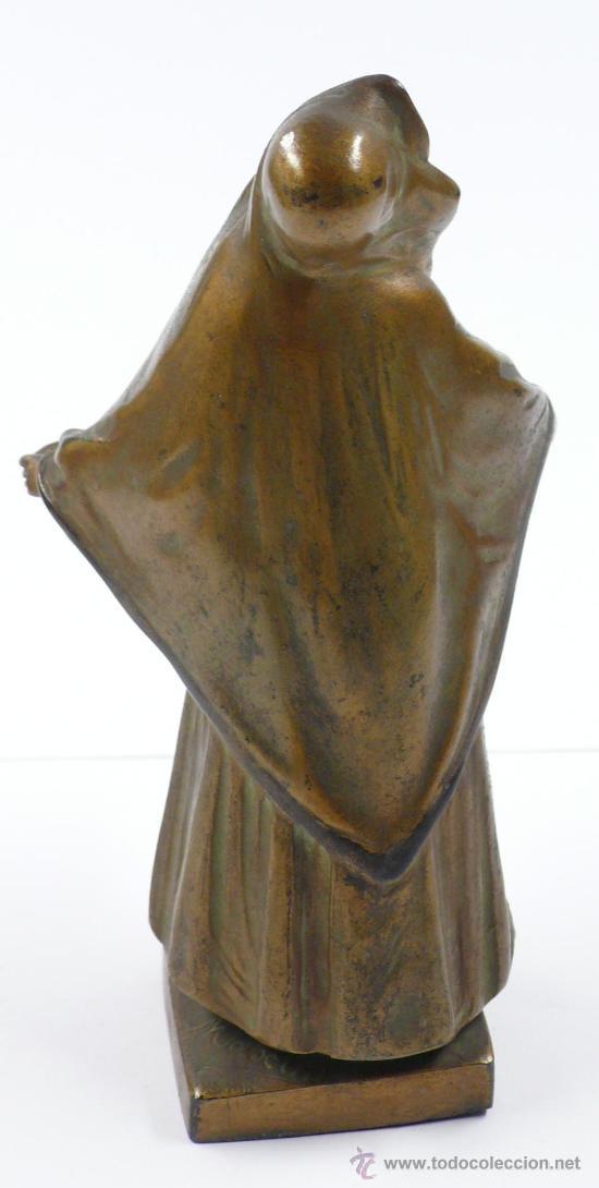 Arte: FIGURA FEMENINA DE CALAMINA, firmada: maxim , finales s.XIX. 16,5 cm altura. - Foto 5 - 24758376