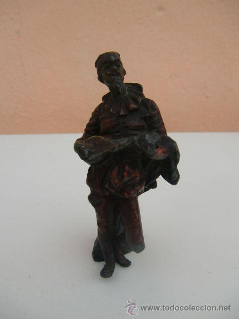 FIGURA ANTIGUA DE METAL (Arte - Escultura - Otros Materiales)