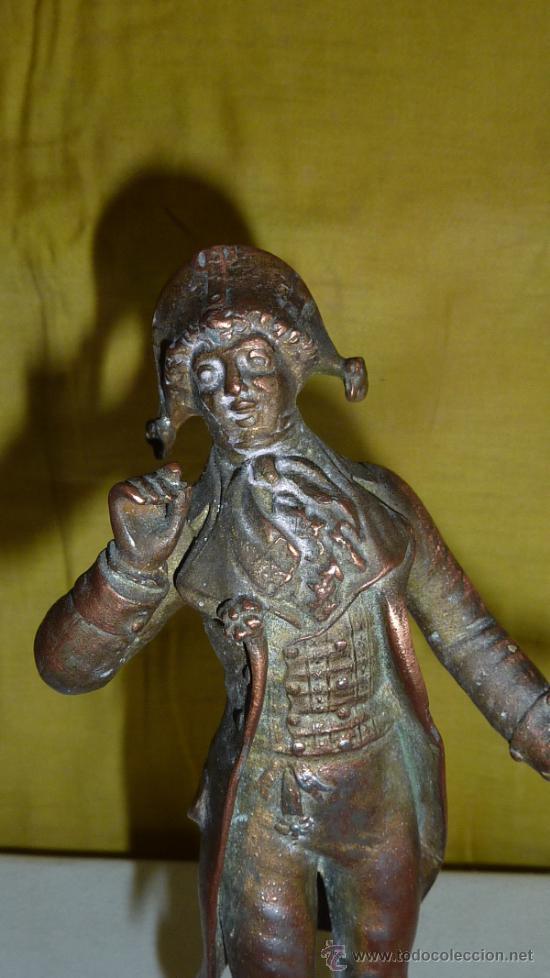 Arte: Escultura de figura titulada Sortie de Bal par Elius. En calamina, sobre marmol. - Foto 2 - 33642381