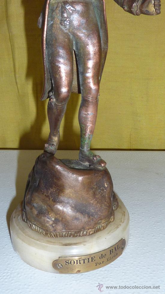 Arte: Escultura de figura titulada Sortie de Bal par Elius. En calamina, sobre marmol. - Foto 3 - 33642381