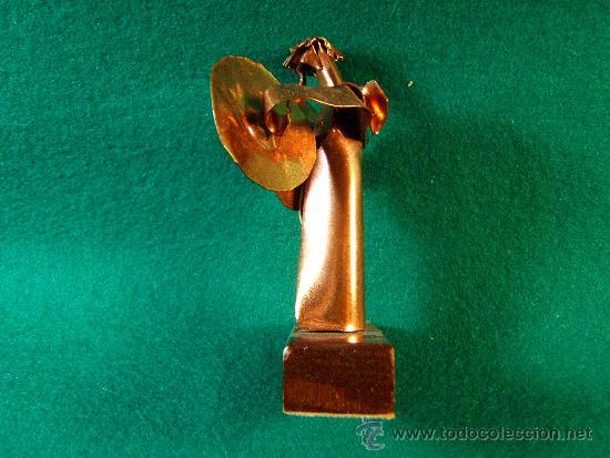 Arte: ANGEL PLATILLOS-FIGURA COBRE FIRMADA GUILLEM DURAN-SURROCA-8X3X4 CM+PEANA-MEDIADOS XX-PIEZA UNICA - Foto 2 - 36868928