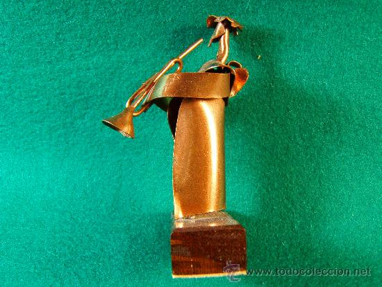 Arte: ANGEL CON TROMPETA-FIGURA COBRE FIRMADA GUILLEM DURAN-SURROCA-8X3X4 CM+PEANA-MEDIADOS XX-PIEZA UNICA - Foto 2 - 36869231