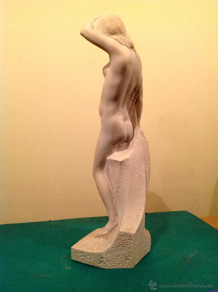 Arte: Escultura de Mármol Desnudo Señora Pieza Única / Miguel Senserrich Medidas 64X19CM - Foto 3 - 47328072