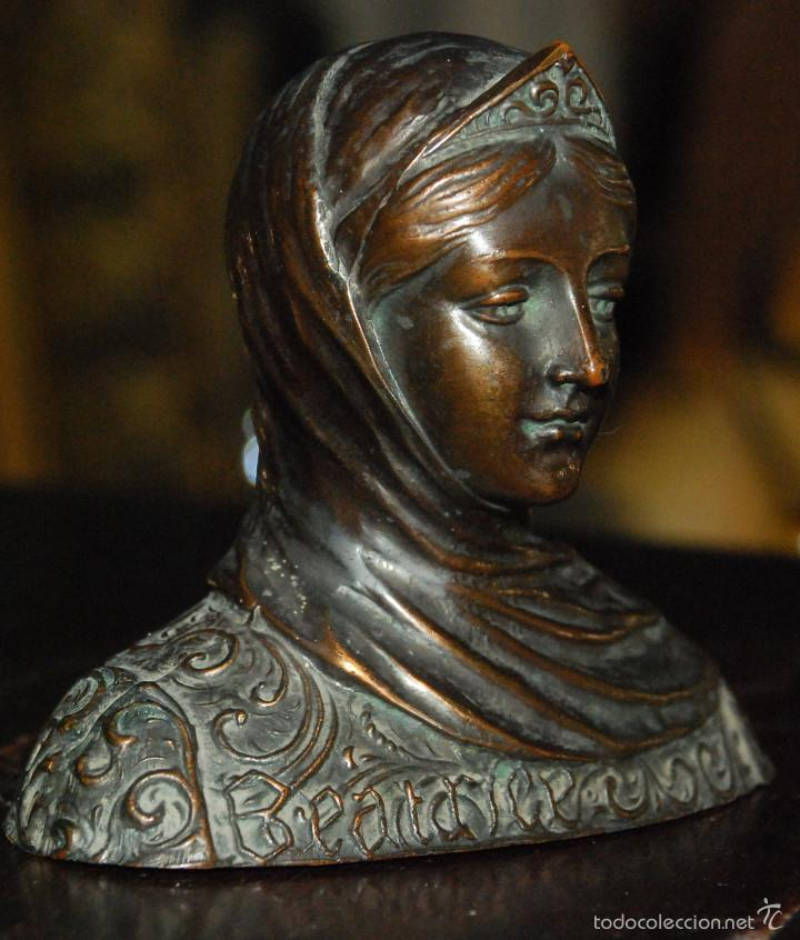 MUY BONITO BUSTO ANTIGUO DE CALAMINA PISAPAPELES (Arte - Escultura - Otros Materiales)