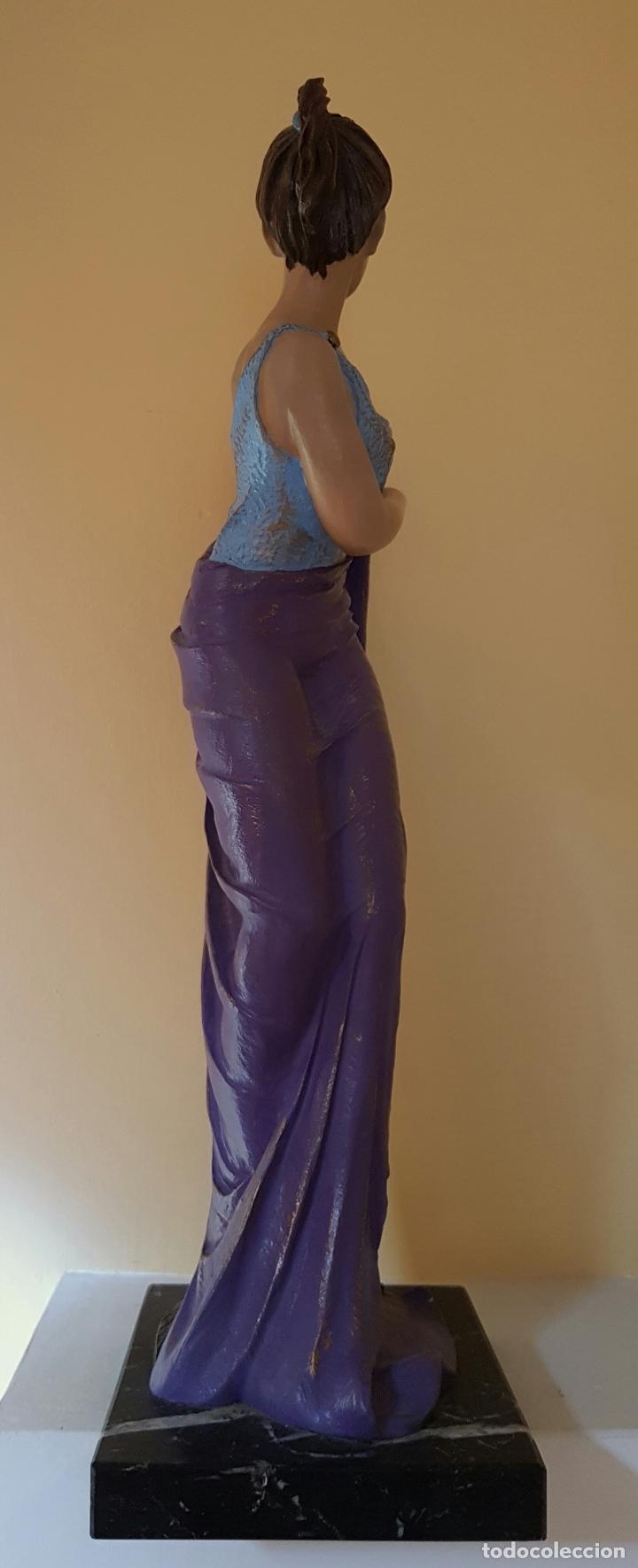 Arte: Gran escultura de doncella estilo art nouveau bellamente policromada a mano, firmada, M.Senserrich . - Foto 4 - 64781307