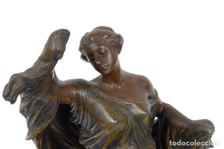 Arte: Dama en calamina patinada en bronce principios siglo XX - Foto 4 - 78352057