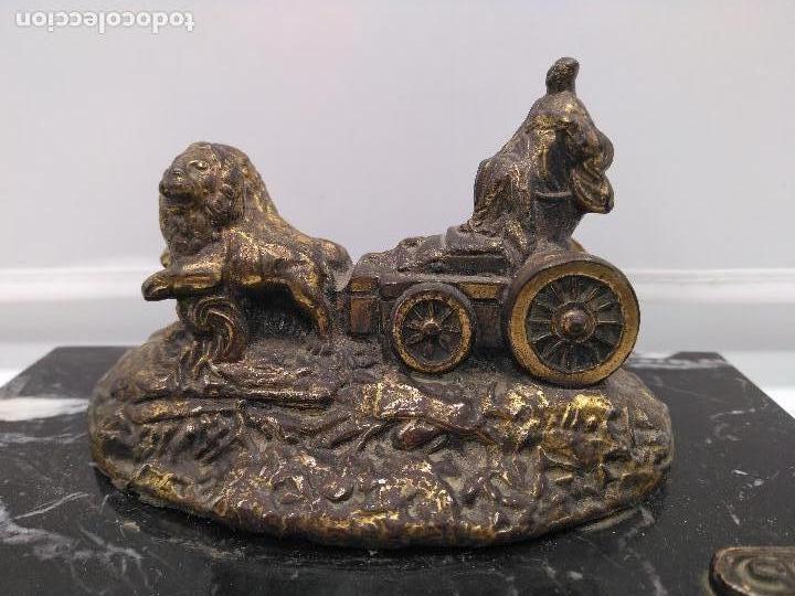 Arte: Escultura antigua de la Cibeles de Madrid, en bronce o símil sobre peana de mármol negro marquina . - Foto 9 - 94164450
