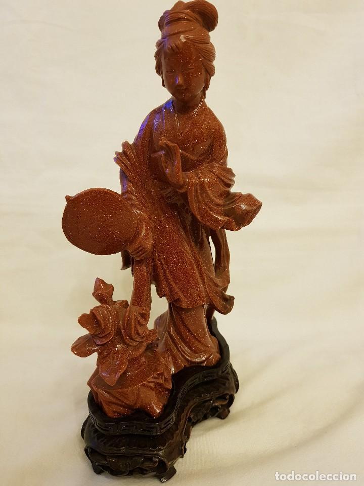 Arte: Dama oriental de aventurina. Tallada a mano y de una sola pieza. Siglo XX - Foto 4 - 112381311