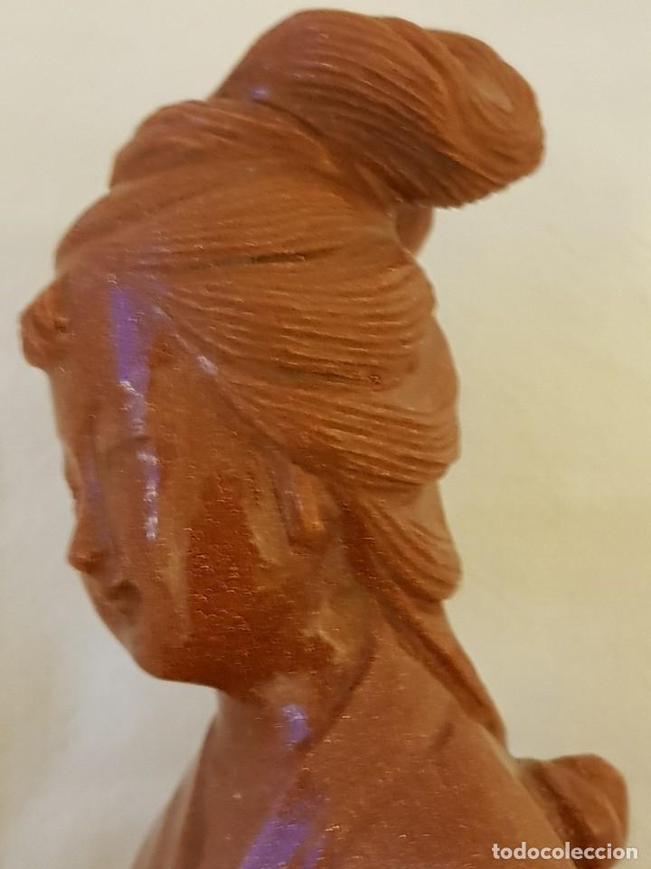 Arte: Dama oriental de aventurina. Tallada a mano y de una sola pieza. Siglo XX - Foto 10 - 112381311