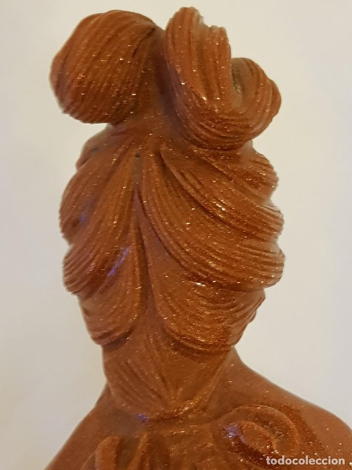 Arte: Dama oriental de aventurina. Tallada a mano y de una sola pieza. Siglo XX - Foto 15 - 112381311