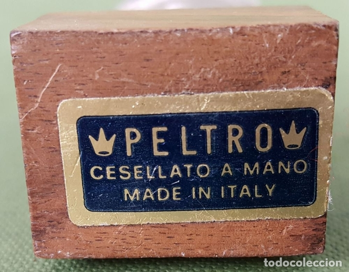 Arte: ESCULTURA DE PELTRE. CINCELADA A MANO. BASE DE MADERA. ITALIA. CIRCA 1960. - Foto 2 - 120215451