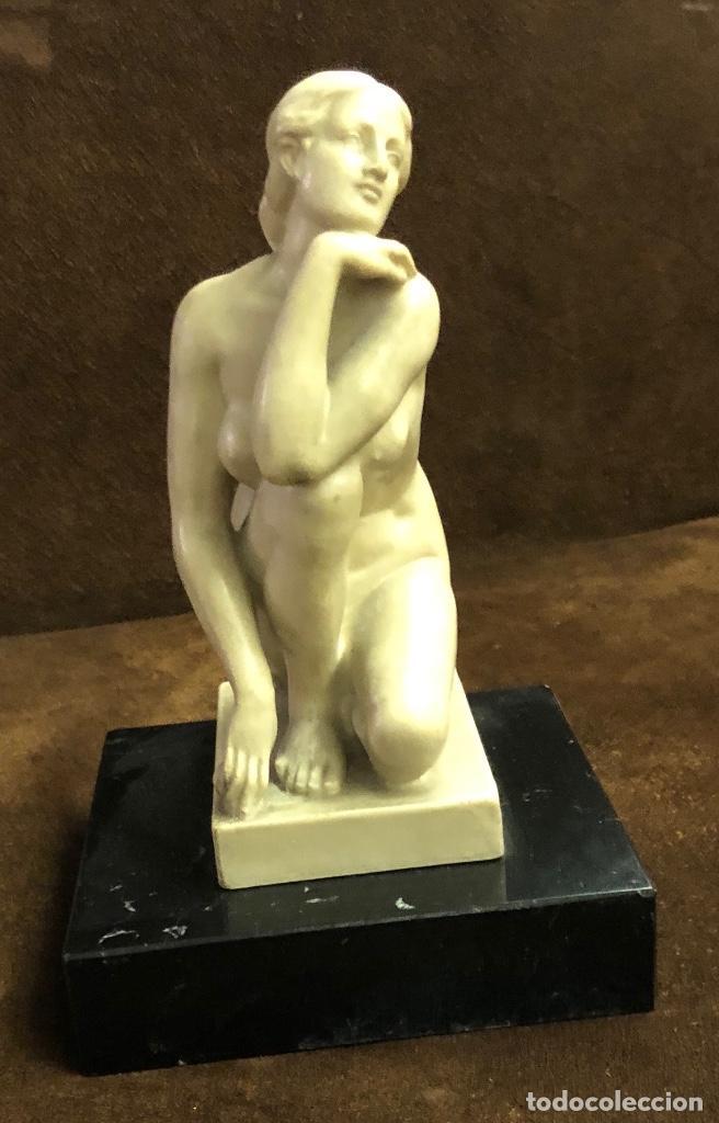 Arte: MUJER PENSANDO-PIEDRA-22*13cm-(91€) - Foto 4 - 155241628