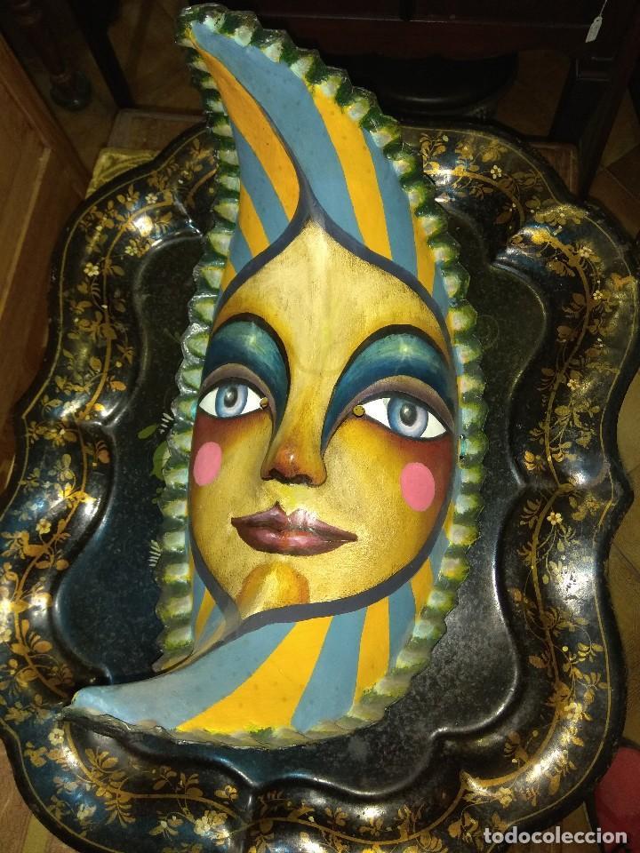 ANTIGUA MASCARA LUNA - PAPEL MACHÉ - CARTÓN - JESÚS SOTO - MADRID (Arte - Escultura - Otros Materiales)