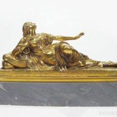 Arte: FIGURA DE BRONCE DORADO REPRESENTADO A CLEOPATRA. F. BARBEDIENNE FONDEUR. PARIS. MEDIADOS SIGLO XIX.. Lote 127943431