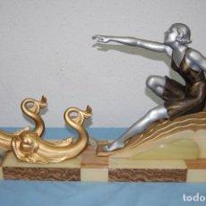 Arte: PRECIOSA ESCULTURA ART DECO MUJER EN MOVIMIENTO DE 1920.. Lote 132896554