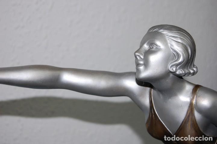 Arte: PRECIOSA ESCULTURA ART DECO MUJER EN MOVIMIENTO DE 1920. - Foto 4 - 132896554