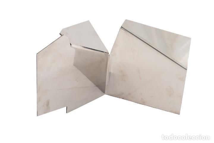 JOAQUÍN TORRES Y RAFAEL LLAMAZARES. SIN TÍTULO ESCULTURA EN ACERO INOXIDABLE FIRMADA Y NUMERADA (Arte - Escultura - Otros Materiales)