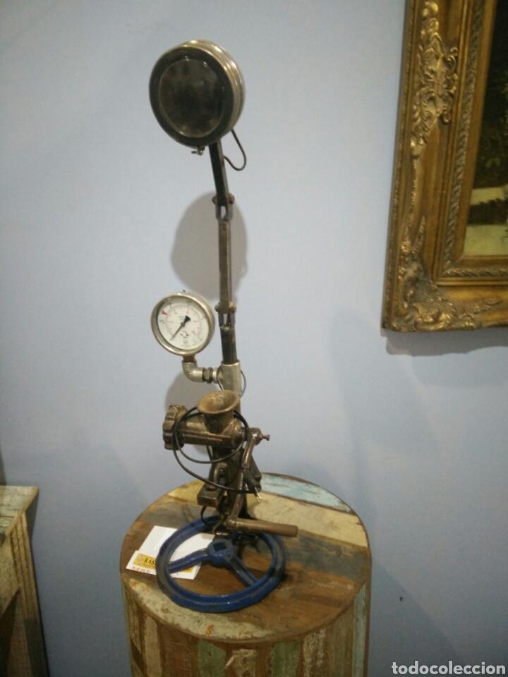 LAMPARA ESCULTURA (Arte - Escultura - Otros Materiales)