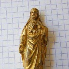 Arte: SAGRADO CORAZÓN DE JESÚS, 6 CM. MATERIAL PESADO CON TUERCA PARA PEQUEÑO ALTAR. Lote 152557650
