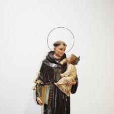 Arte: FIGURA RELIGIOSA SAN ANTONIO CON NIÑO PASTA DE OLOT. Lote 153240358