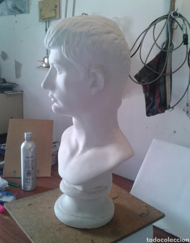 Arte: Busto vaciado en escayola César Augusto - Foto 3 - 156345033