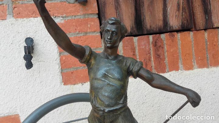 Arte: Figura de herrero - Foto 2 - 157975126