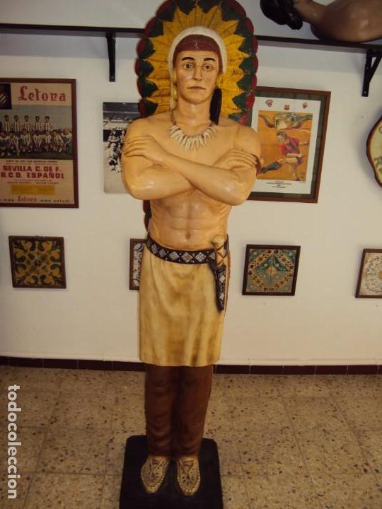 (ANT-190450)GIGANTESCA FIGURA DE INDIO EN FIBRA DE VIDRIO (Arte - Escultura - Otros Materiales)