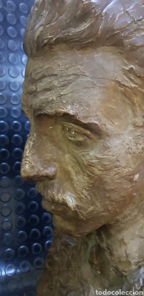 Arte: Busto del Rey Alfonso XIII por el escultor Carlos Ridaura vaciado en escayola patinada. - Foto 6 - 163602188