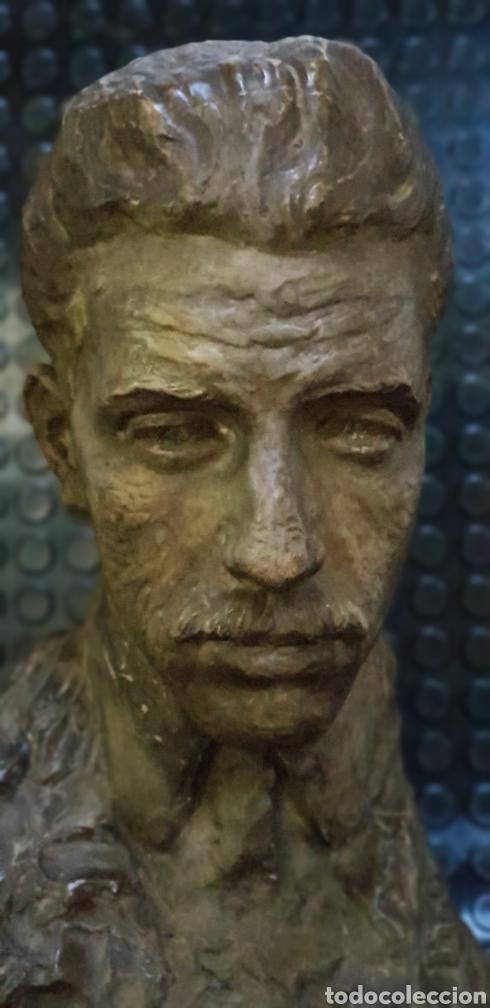 Arte: Busto del Rey Alfonso XIII por el escultor Carlos Ridaura vaciado en escayola patinada. - Foto 8 - 163602188