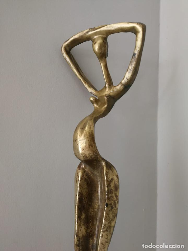 Arte: Gran escultura brutalista en latón maternidad desnudo femenino - Foto 11 - 168626012