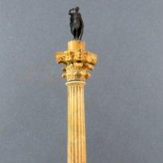 Arte: MINIATURA EN MÁRMOL Y BRONCE DE LA COLUMNA DE FOCA DEL FORO DE ROMA GRAND TOUR SIGLO XIX. Lote 176093488