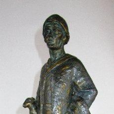 Arte: FIGURA ANTIGUA MONUMENTO AL PASTOR AMEYUGO BURGOS PATINA DE BRONCE. Lote 176520102