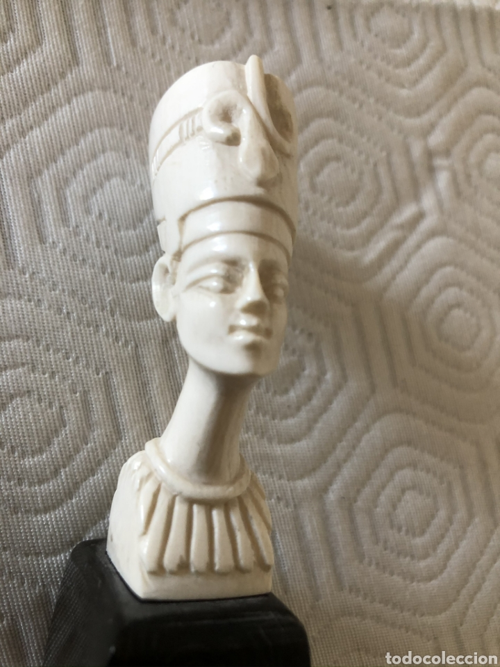 BUSTO EGIPCIO. PARECE DE MARFIL / MARFILINA. (Arte - Escultura - Otros Materiales)