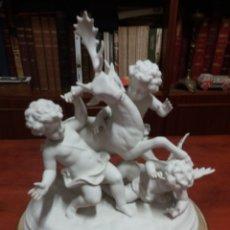Arte: BISCUIT ANTIGUO CON PEANA PARA RESTAURAR .. Lote 182717115