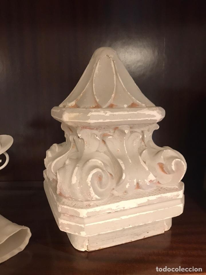 CAPITEL DECORATIVO COLUMNA DE ESCAYOLA (Arte - Escultura - Otros Materiales)