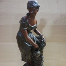 Arte: FIGURA MUJER EN CALAMINA. Lote 183998287