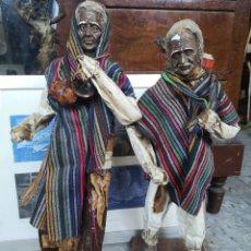 Arte: PAREJA DE FIGURAS ARTESANALES EN PAPEL MACHE. XALISCO, MÉXICO. 50CM. Lote 184273905