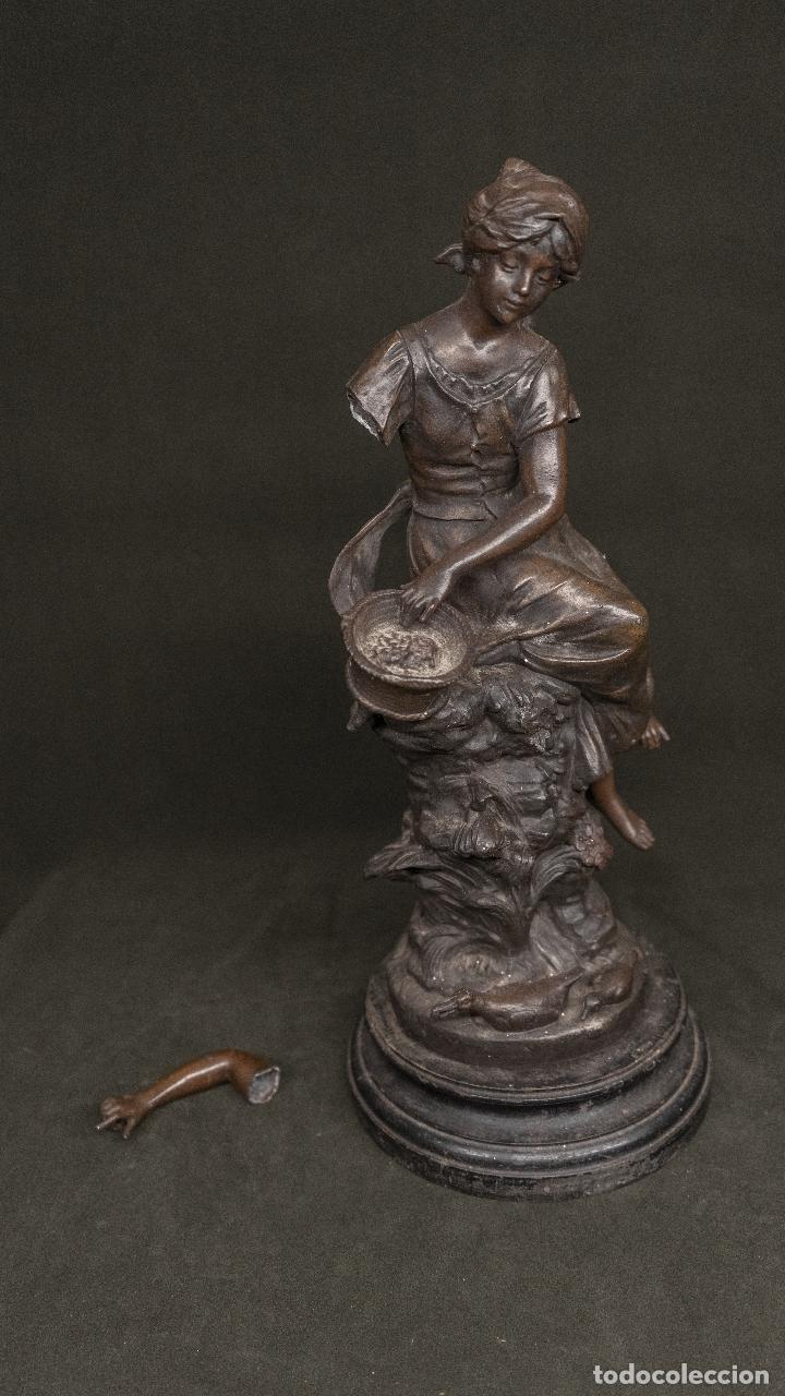 CALAMINA FIRMADA AUGUSTE MOREAU S. XIX (Arte - Escultura - Otros Materiales)