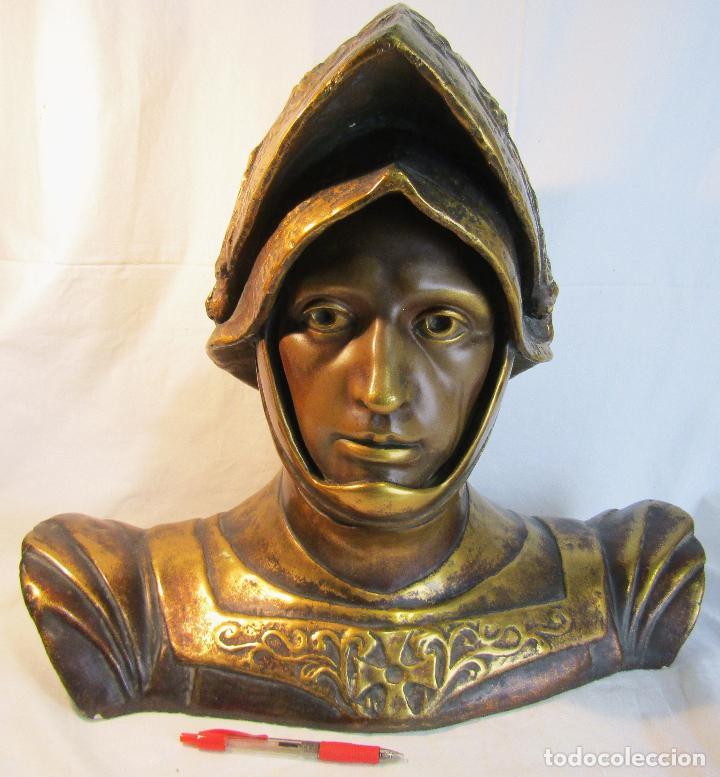 BUSTO DE SAN JORGE EN ESTUCO ESTEVA Y CIA BARCELONA PP S. XX (Arte - Escultura - Otros Materiales)
