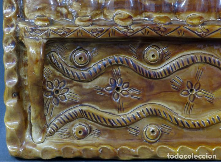 Arte: Placa relieve Última Cena en barro cocido vidriado Rosa Ramalho firmado en el frente siglo XX - Foto 8 - 194489131