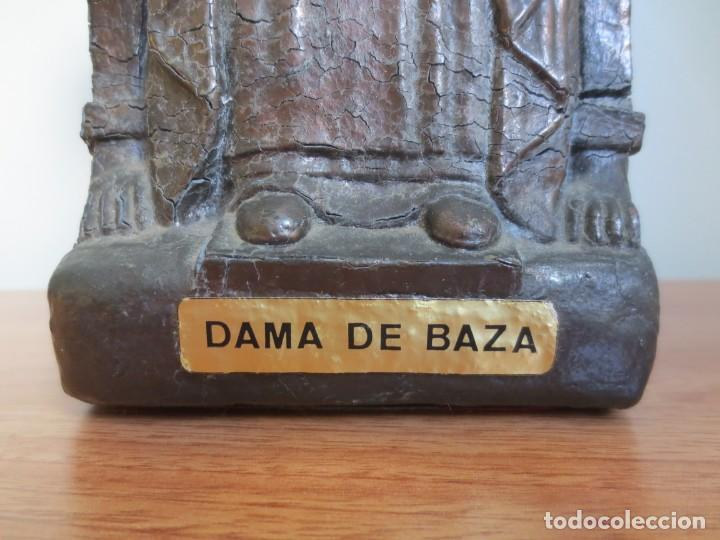 Arte: ESCULTURA DAMA DE BAZA - METALICA - PESO 4 KG - ALTURA 25 cm - Foto 3 - 195407106