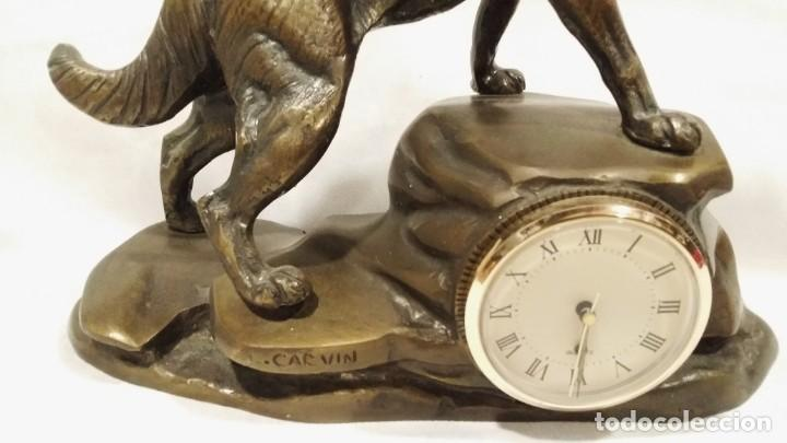 Arte: Oportunidad: Magnifica escultura de perro lobo con reloj Carvin - Foto 3 - 197691007