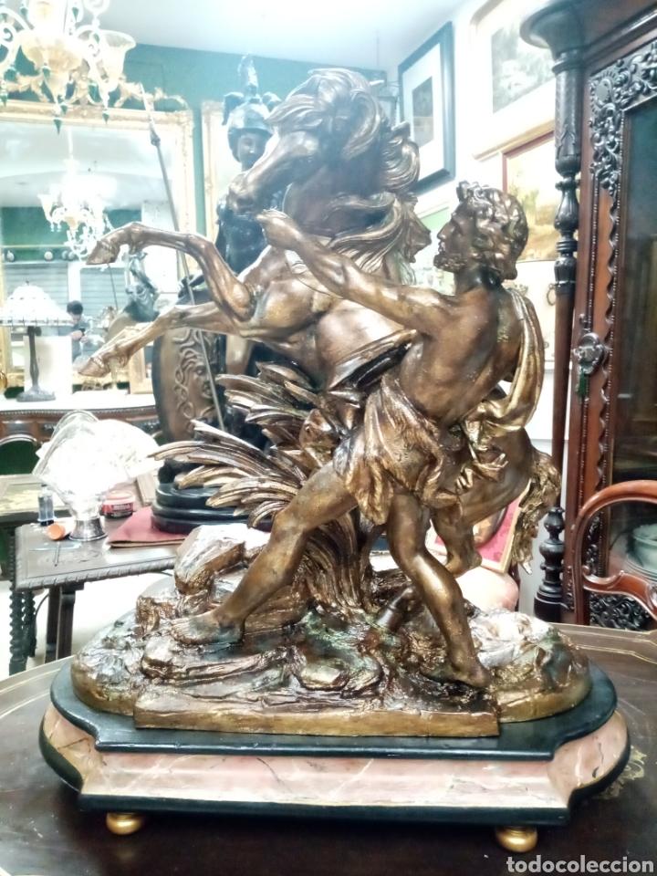 ESCULTURA 70 CM CALAMINA CABALLO DE MARLY, MODELOS DE GUILLAUME COUSTOU (Arte - Escultura - Otros Materiales)